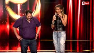 مشهد ارتجالي يُنقذ متسابق مصري من دائرة الخطر بـ' نجم الكوميديا' (فيديو)