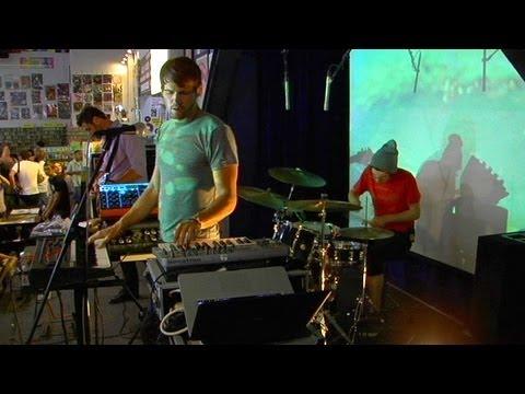 Tycho - Dive (Live at Amoeba)