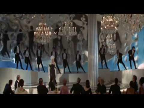 Divine & Mae West - Shake it up (long version)