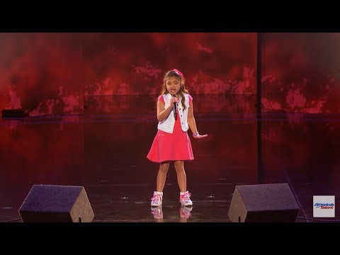 Angelica Hale ❥ 9-Year-Old Earns Golden Buzzer From Chris Hardwick - America's Got Talent 2017 HD