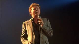 Simply Red - Sad Old Red Live In Cuba,... @ www.OfficialVideos.Net
