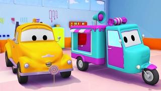 Tom la Grúa y el carro de caramelos en Auto City | Dibujos animados para niños