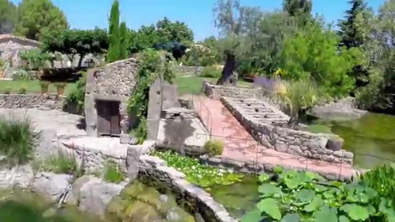 Vid o du jardin de saint adrien servian film par un drone youtube - Les jardins de saint adrien ...