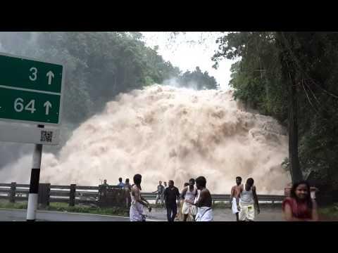 Chappa Waterfall, b/w Athirapally & Vazachal Waterfall