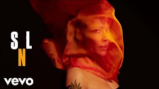 Download Halsey - Eastside (Live From Saturday Night Live) Mp3 and Videos