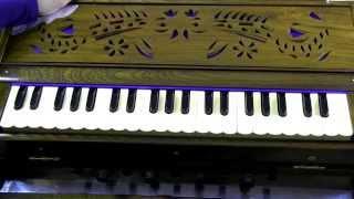 how to play sun raha hai na tu male version on harmonium