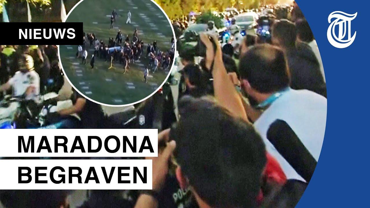 Uitzinnige menigte bij uitvaart Diego Maradona