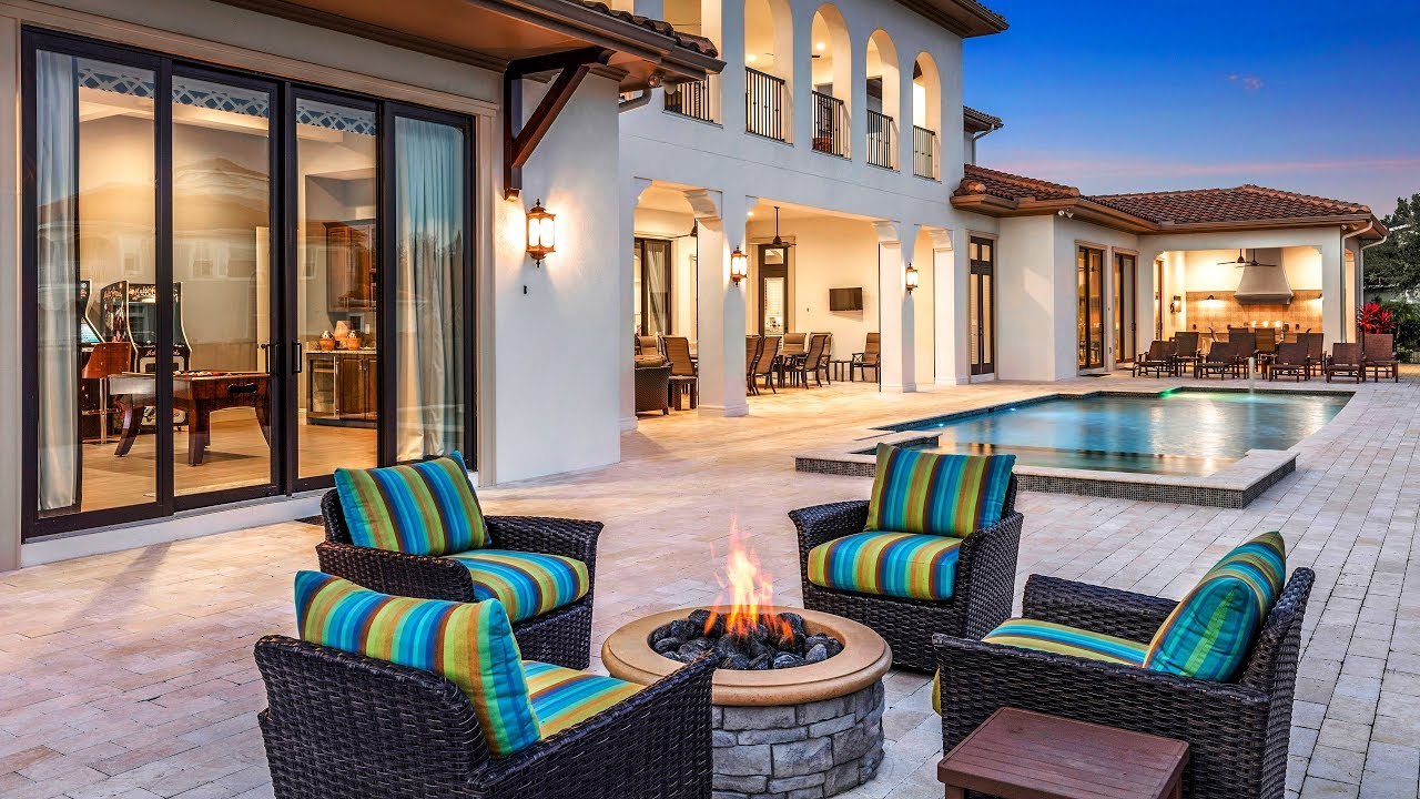 Take A Tour Of This Incredible 14 Bedroom Villa In Orlando Minutes Away From Walt Disney World Youtube