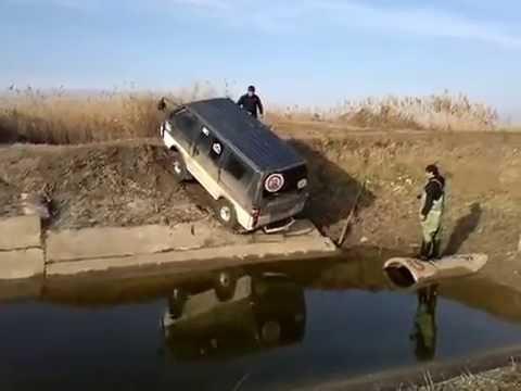видео: Водитель с железными яйцами. Авто/мото жесть. Сars/moto tin-plate