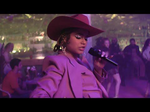 Sofia Reyes - IDIOTA (Official Video)