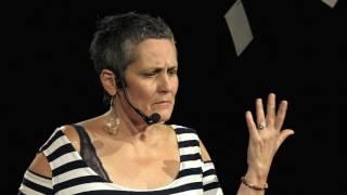 Dotkněte se svého stínu světlem - Touch your shadow with light | Eva Lukavská | TEDxPlzeň