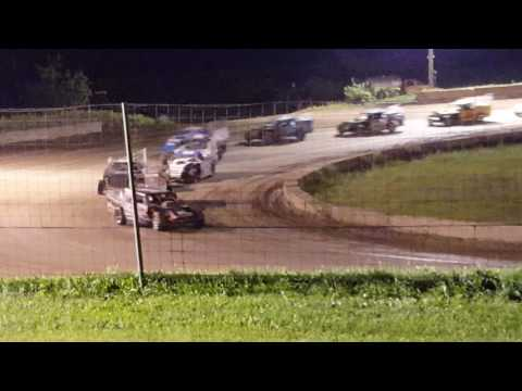Shadyhill Speedway IMOD Feature September 3rd 2016 sorry don't have last 2 laps