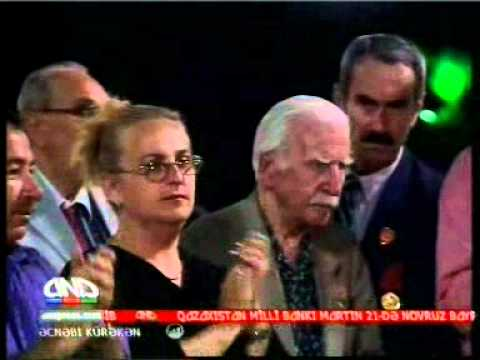 Yabanci Damat Yunan reqsi sehnesi