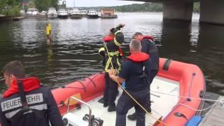 Alarm Mensch im Wasser - Wasserrettung der Feuerwehr Potsdam