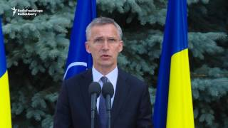 NATO Head: Russia 'Must Withdraw Its Thousands' Of Troops From Ukraine
