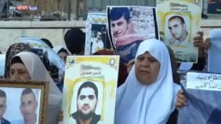 الأسرى الفلسطينيون في سجون إسرائيل.. وسلاح الجوع