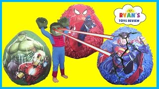 GIANT EGG SURRPISE OPENING with Spiderman Superman and The Hulk SuperHeroes Toys
