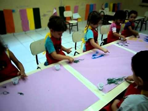 Creche Adelia Fernandes Bruno - Atividades Maternal II - 2012 - Pinturas