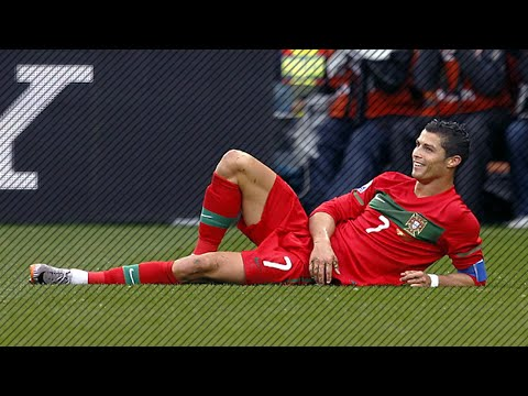 Top Funny Footballer Wasting Time | HD