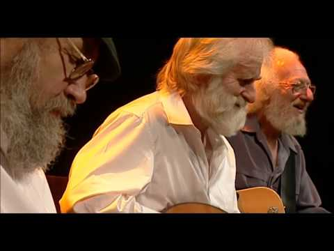 Chief O' Neills/ Trumpet Hornpipe/ Mullingar Races - The Dubliners (40 Years - Live From The Gaiety)
