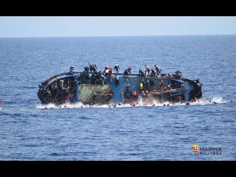 Ribaltamento del barcone migranti al largo della Libia