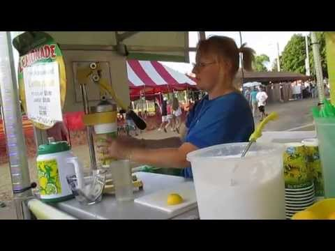 Fresh Squeezed Lemonade Stand Calkins Midways