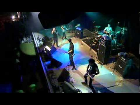 Behind Crimson Eyes - The Black Veil (JTV Live)