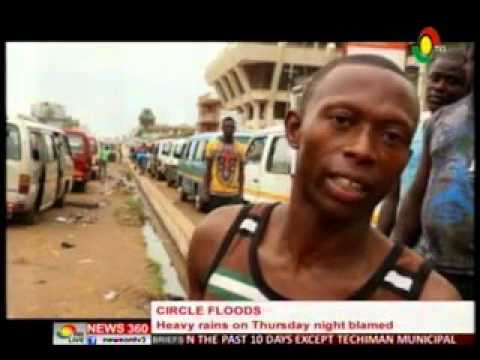 News360 - Nkrumah circle flood on Thursday commercial drivers blame it on contractor  - 18/3/2016