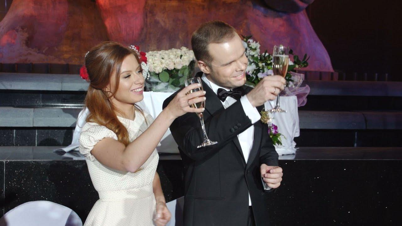 кто муж юлии савичевой фото со свадьбы материалов делает комнату