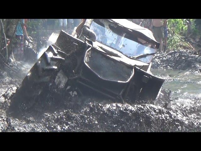 Off-Road mud race