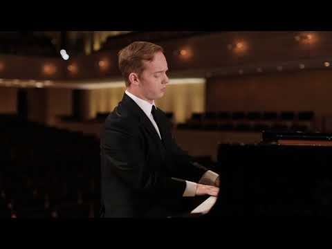 Geoffrey Conquer performs Scriabin's Etude in C-Sharp Minor