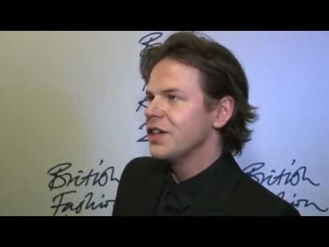 Christopher Kane wins 2011 BFCVogue Fashion Fund