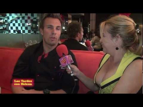 Cena en Restaurante Pravda entrevista de Helena Olaya a Dennis Wellerfors.mpg