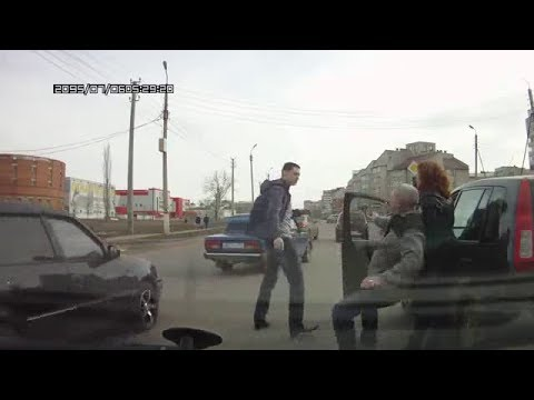 Drunk driver citizen arrest in Russia
