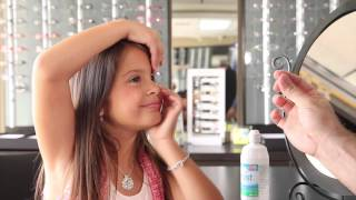 How young can children wear contact lenses? Adriana Cortina & pediatric optometrist in Miami