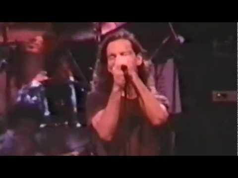 Pearl Jam - 1992-03-02 Den Haag, Netherlands (Full Concert)