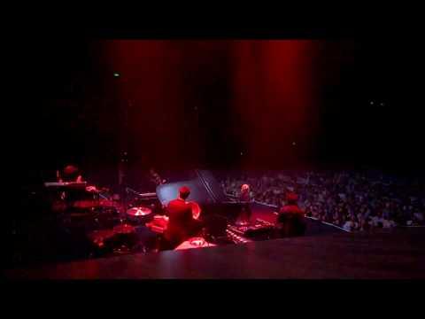 Ludovico Einaudi -Choros - Live at Sydney 2017