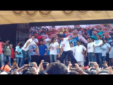 Team Kanha Marathi Movie at Dahihandi Tande