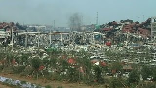 Raw: Search for Missing at China Blast Scene