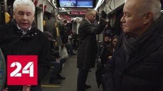 Смотреть видео Двигаться вперед: Собянин рассказал о работе мэра Москвы - Россия 24 онлайн
