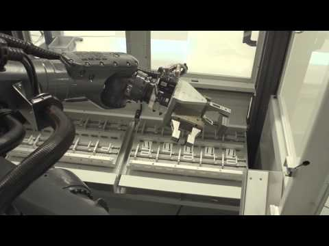 Fully automated blade production on a LX 051 with Robot Cell