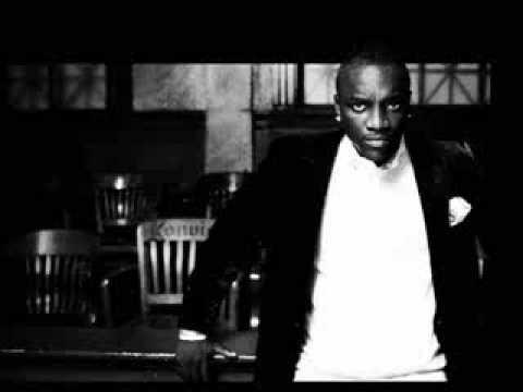 Right Now Na Na Na Akon mp3 download - mp3bearz.me