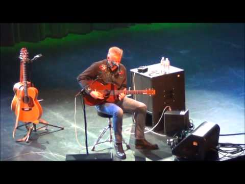 Tommy Emmanuel - (HD) - GUITAR BOOGIE (played on Arthur Smith's guitar!!)