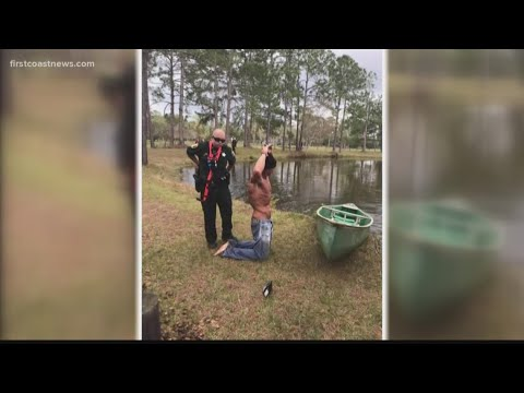 Kelsi - Florida Man Hops Into Canoe To Escape Police