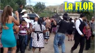 el tradicional baile de la Flor o el Guajolote, en Chepetlan, Oaxaca