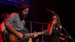 The Waifs - Born To Love (Live on eTown)