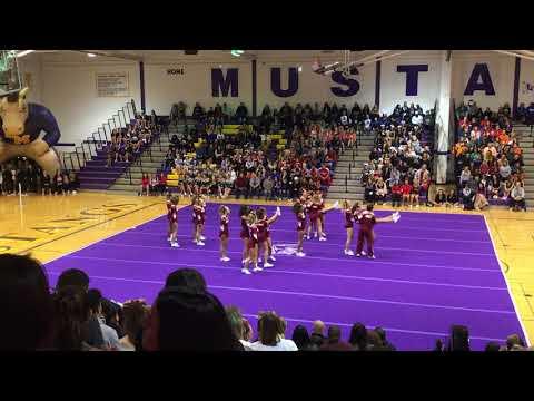 Loyola Academy Varsity Cheer @ RMHS 2017