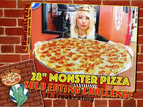 SOLO 7LB 28' MONSTER PIZZA UNDEFEATED EATING CHALLENGE | RainaisCrazy | ft. Freakeating