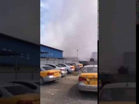 视频:广西陆川一化工厂发生爆炸 2公里外窗户剧烈晃动