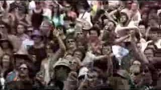 """Andrew WK """"I Get Wet"""" - live at The Meredith Music Festival 2007"""